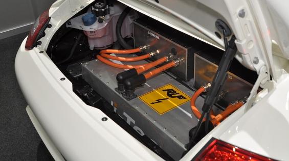 электро porsche 911